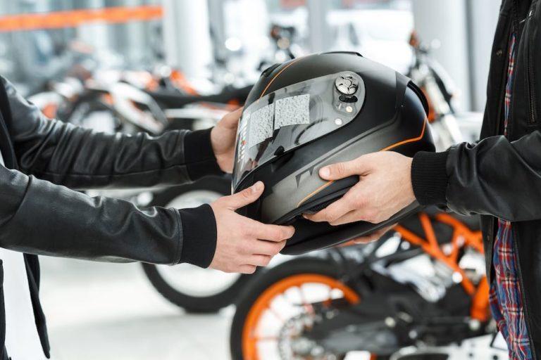 Les règles de base pour conduire prudemment un cyclomoteur