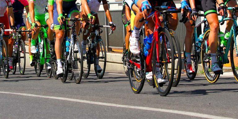 Tour Cycliste de Guadeloupe : cohabitation entre cyclistes et véhicules motorisés